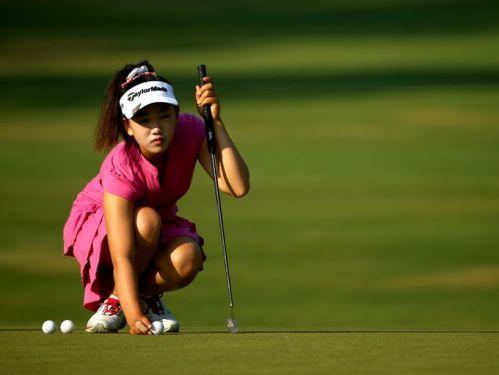 Amateur Lucy Li 06