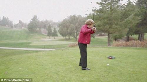 Golfing with Ida 03