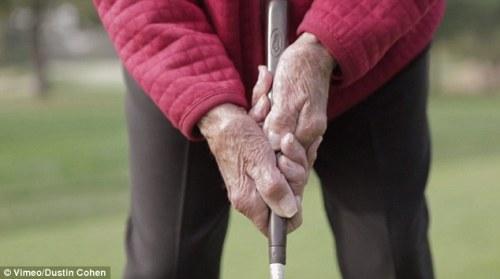 Golfing with Ida 04